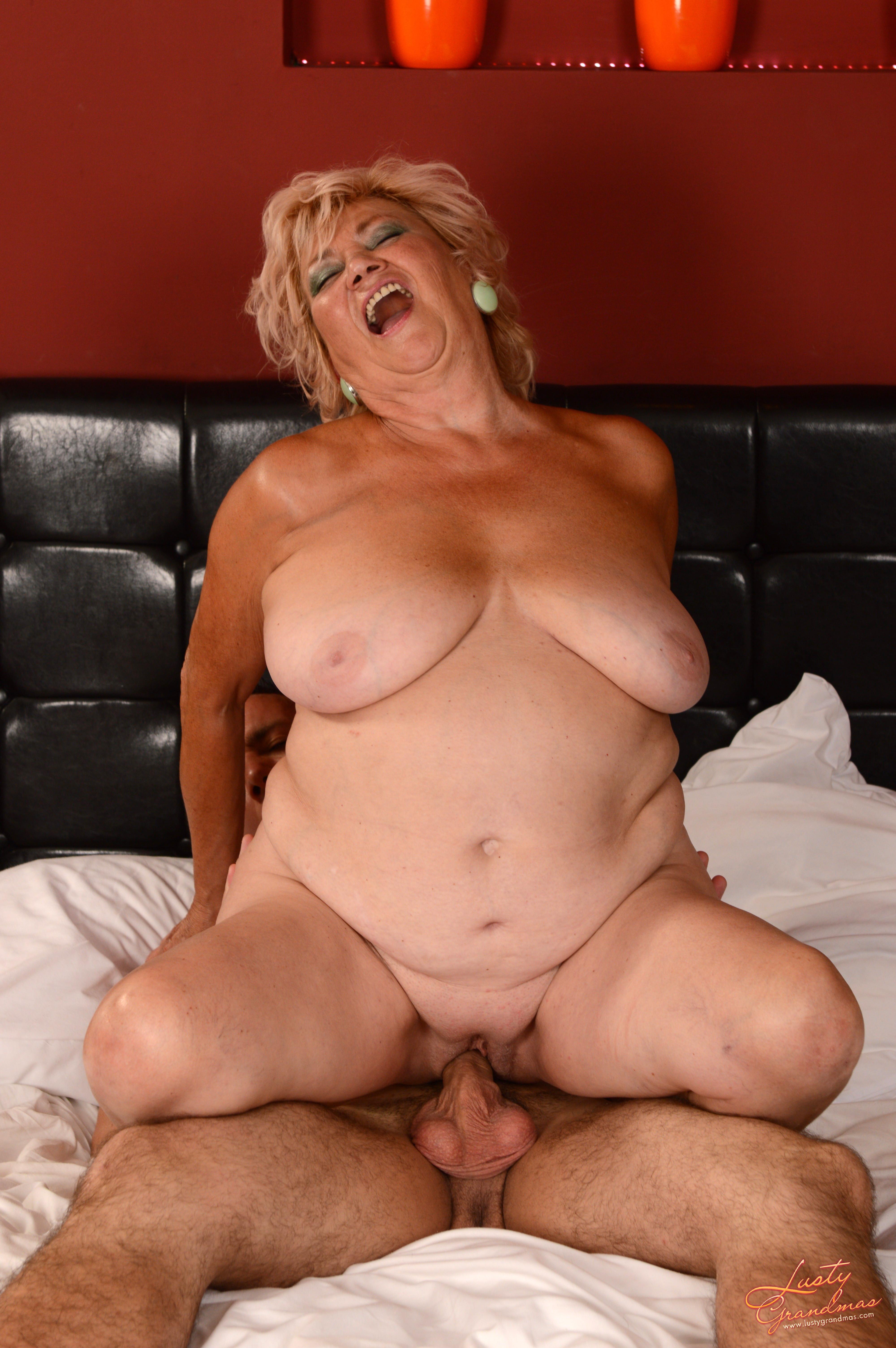 Фото голых пожилых баб